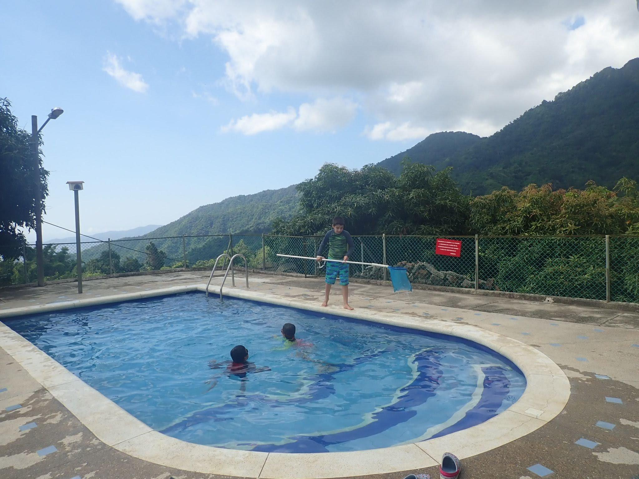 The kids enjoying the pool at Cabanas el Descanso y Zamukia